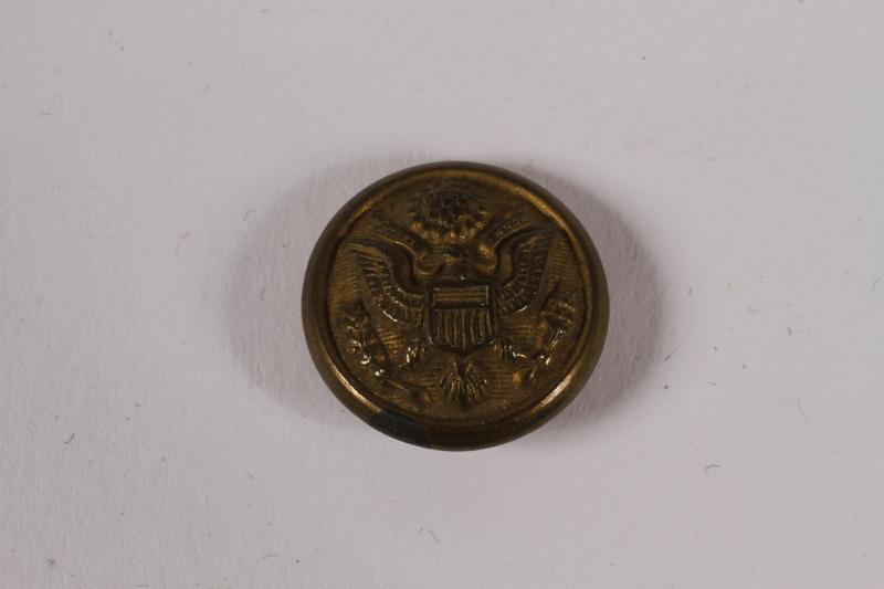 2014.480.69 front American uniform button