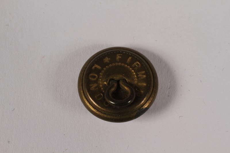 2014.480.69 back American uniform button