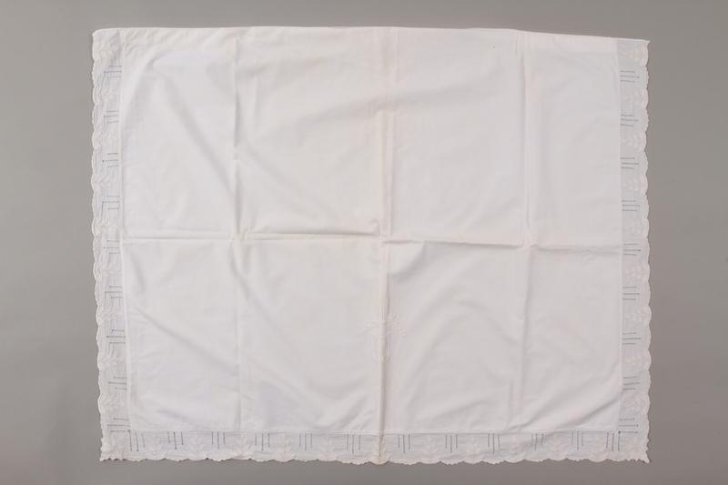 2006.136.3 front Pillowcase