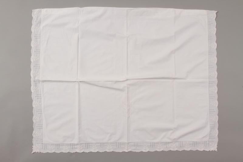 2006.136.13 front Pillowcase