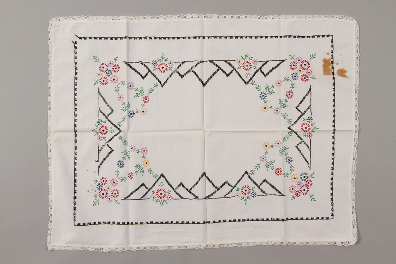 2006.136.18 front Tablecloth