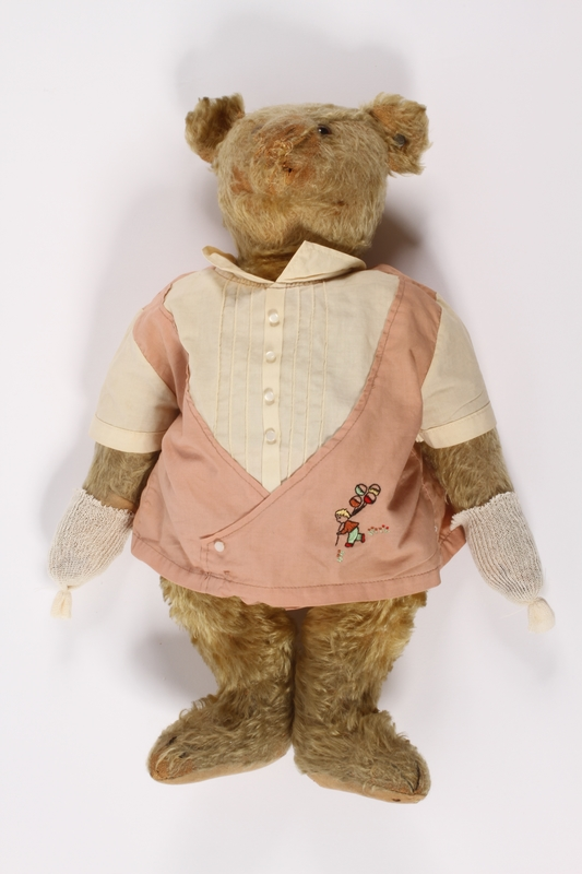 2014.350.2 front Steiff teddy bear used to smuggle valuables out of Vienna