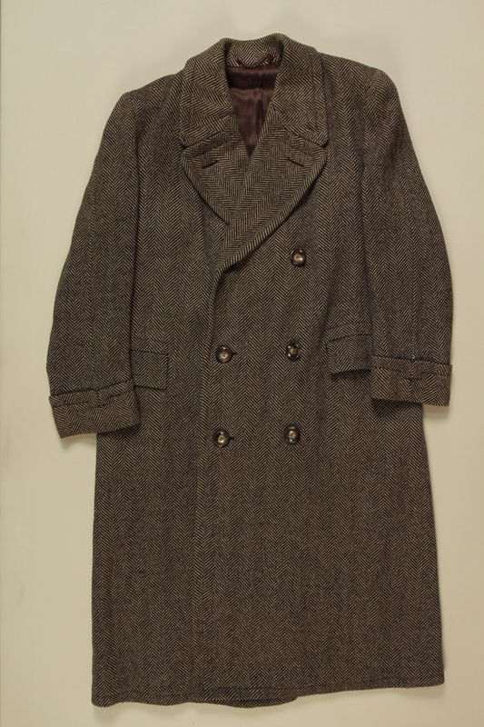 1990.121.3 front Coat worn by a German Sinti man imprisoned in several camps