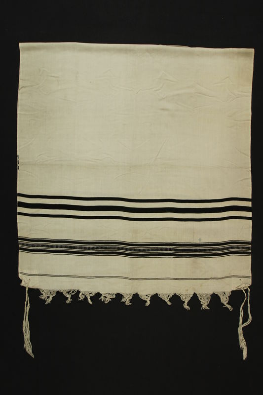 1990.142.1 front Tallit received by a Jewish man in the American zone in postwar Munich