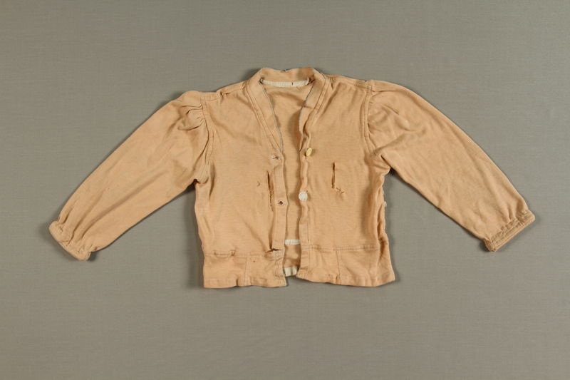 1990.144.17_a front Child's pajamas made from a nightgown in the Warsaw ghetto