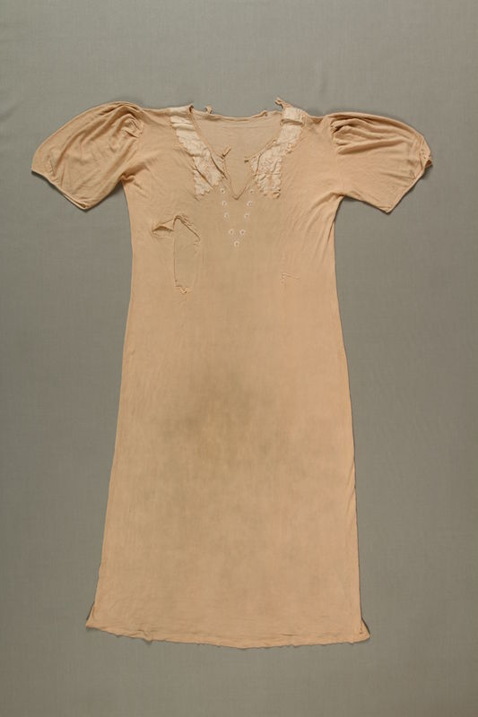 1990.144.18 front Nightgown worn in the Warsaw Ghetto