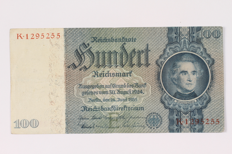 1990.16.67 front Paper currency note, 100 German marks