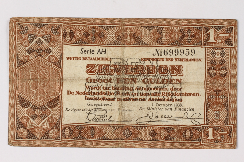 1990.23.197 front Netherlands, 1 gulden silver voucher, kept by a Dutch Jewish woman in hiding