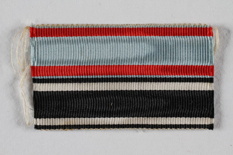 1990.283.7 front World War I ribbon awarded to a Jewish veteran for bravery
