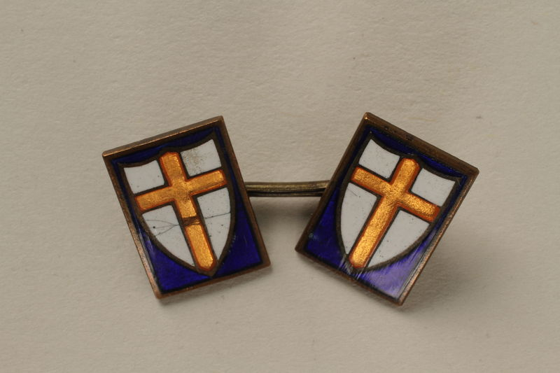 2008.208.2_a front Set of two cuff links worn by a medical officer, 2nd Polish Corps