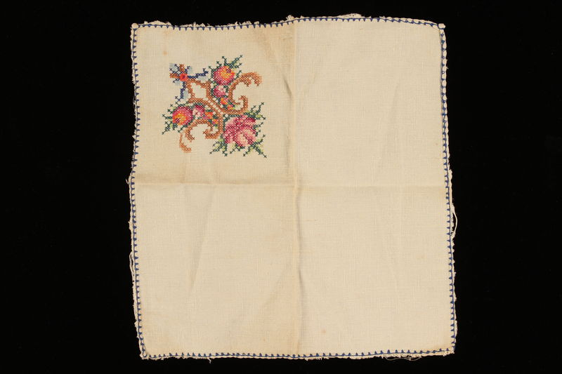 2008.216.2 front Handkerchief with embroidered floral motif carried by a Polish Jewish refugee