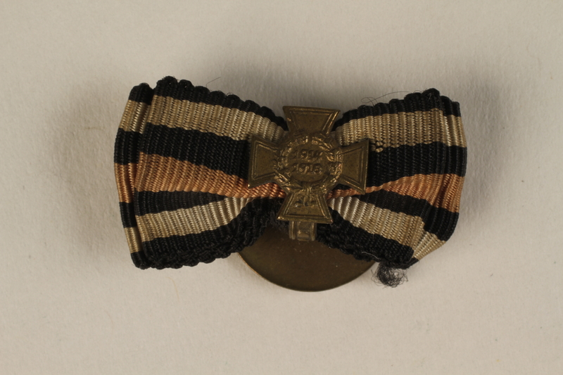 1988.156.1.4 front Honor Cross of the World War 1914/1918 non-combatant veteran service buttonhole ribbon bar awarded to a German Jewish soldier