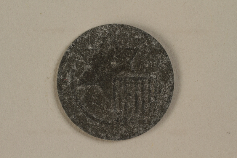 1990.335.41 front Łódź (Litzmannstadt) ghetto scrip, 5 mark coin
