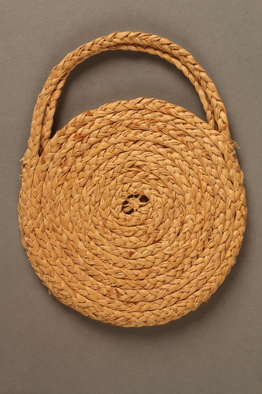 1990.34.1 side B Purse made while interned in Gurs concentration camp
