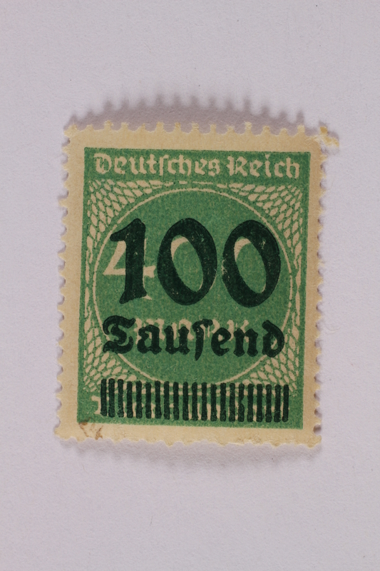 2006.265.34 front Postage stamp, 400 mark, issued in Germany during hyperinflation in the Weimar Republic