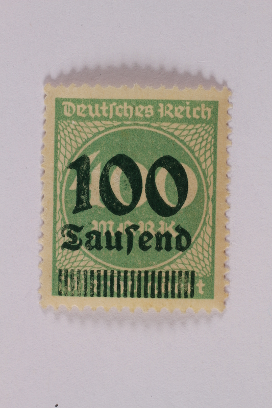 2006.265.35 front Postage stamp, 400 mark, issued in Germany during hyperinflation in the Weimar Republic