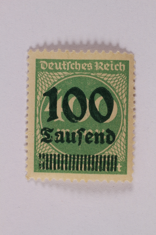2006.265.36 front Postage stamp, 400 mark, issued in Germany during hyperinflation in the Weimar Republic