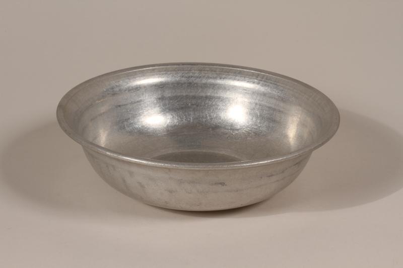 1990.36.20 front Metal basin
