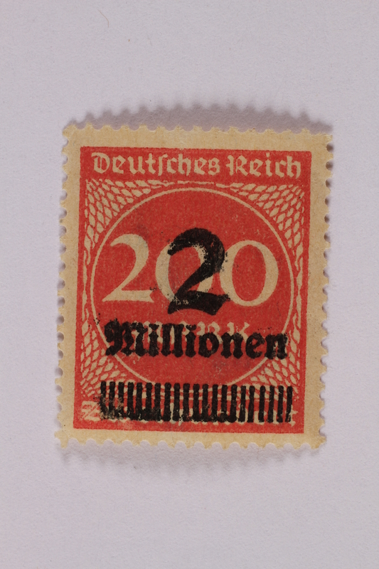 2006.265.62 font Postage stamp, 200 mark, issued in Germany during hyperinflation in the Weimar Republic
