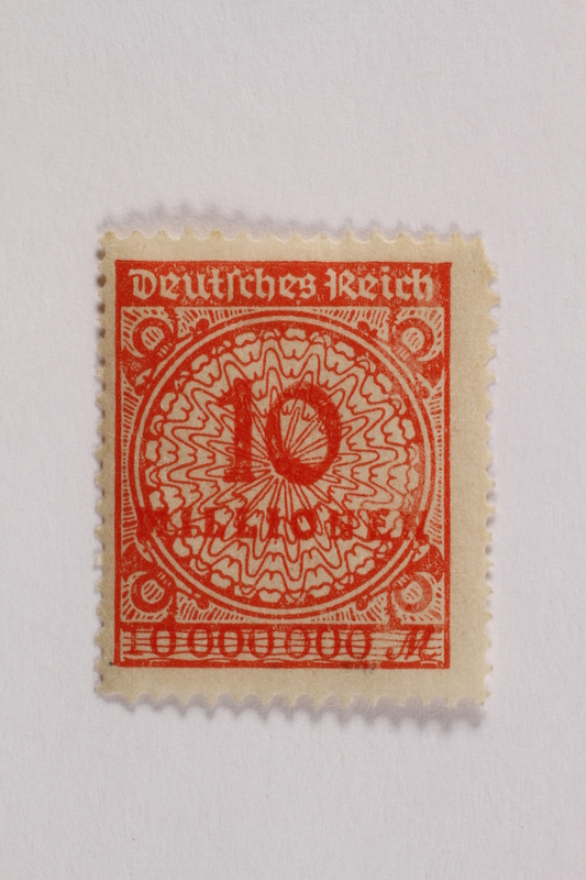 2006.265.123 front Postage stamp, 10 mark, issued in Germany during hyperinflation in the Weimar Republic