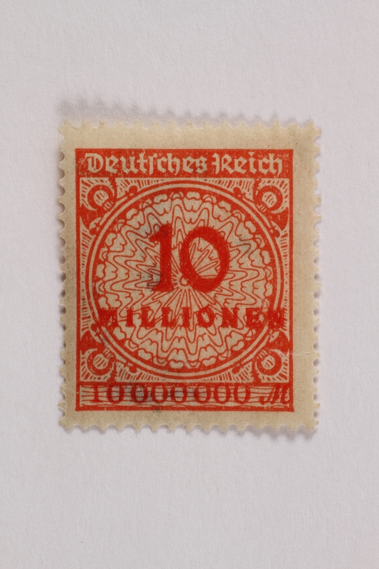 2006.265.124 front Postage stamp, 10 mark, issued in Germany during hyperinflation in the Weimar Republic