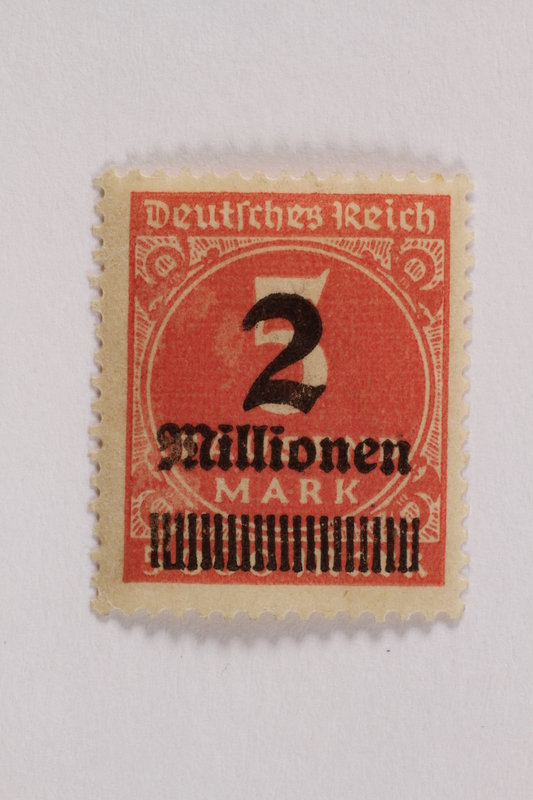 2006.265.146 front Postage stamp, 5 tausend mark, issued in Germany during hyperinflation in the Weimar Republic
