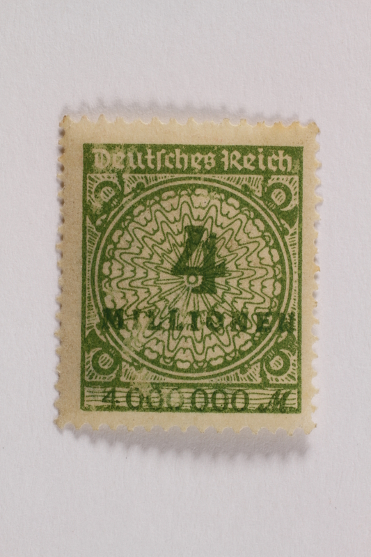 2006.265.151 front Postage stamp, 4 million mark, issued in Germany during hyperinflation in the Weimar Republic