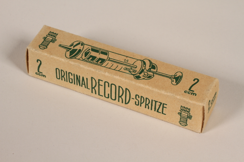 1990.36.46 front Syringe