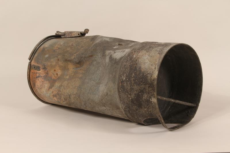 1990.37.1 left side Fire extinguisher