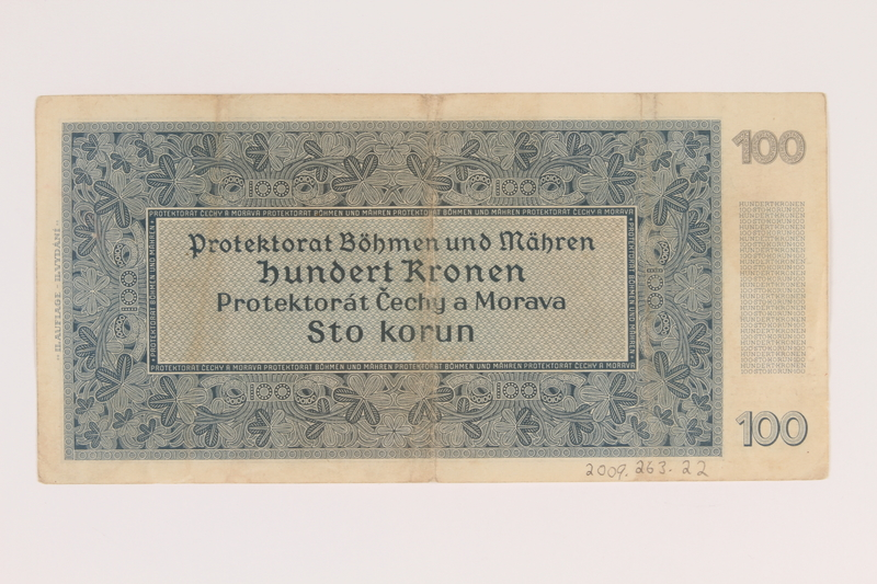 2009.263.22 back Protectorate of Bohemia and Moravia, 100 kronen note, issued in German occupied Czechosloavakia