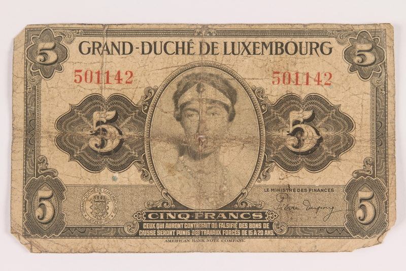 2009.263.25 front Luxembourg currency note, 5 francs, issued during the war