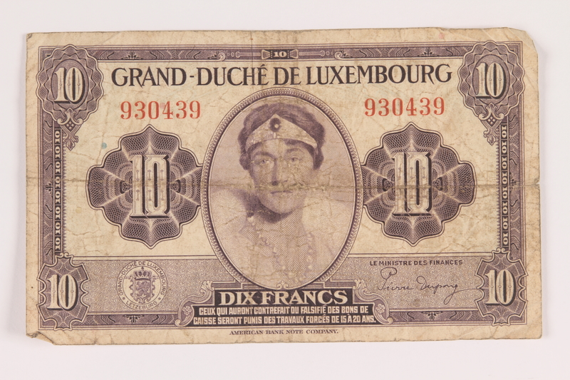 2009.263.26 front Luxembourg currency note, 10 francs, issued during the war