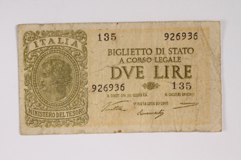 2009.263.29 front Italy currency note, 2 lire, issued by the Fascist government