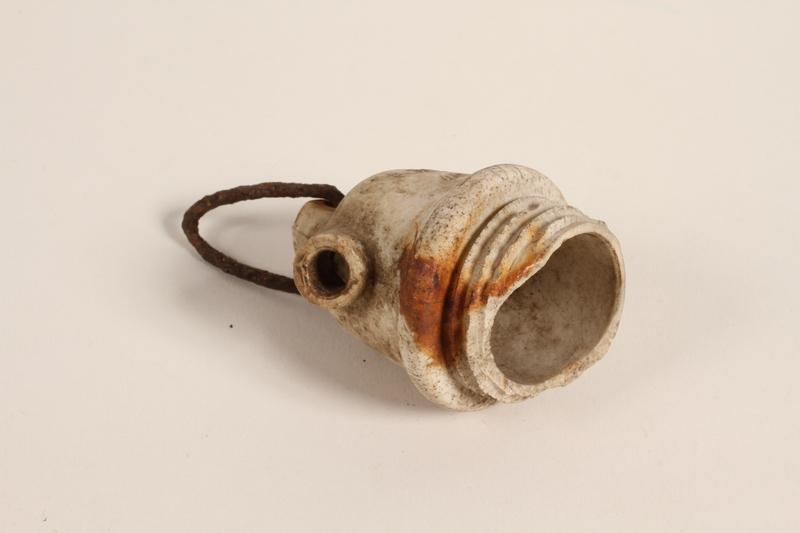 1990.37.22 front Porcelain screw-in light socket