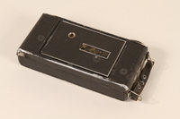 1990.79.3 closed Agfa Billy I automatic 6 x 9 cm format camera  Click to enlarge