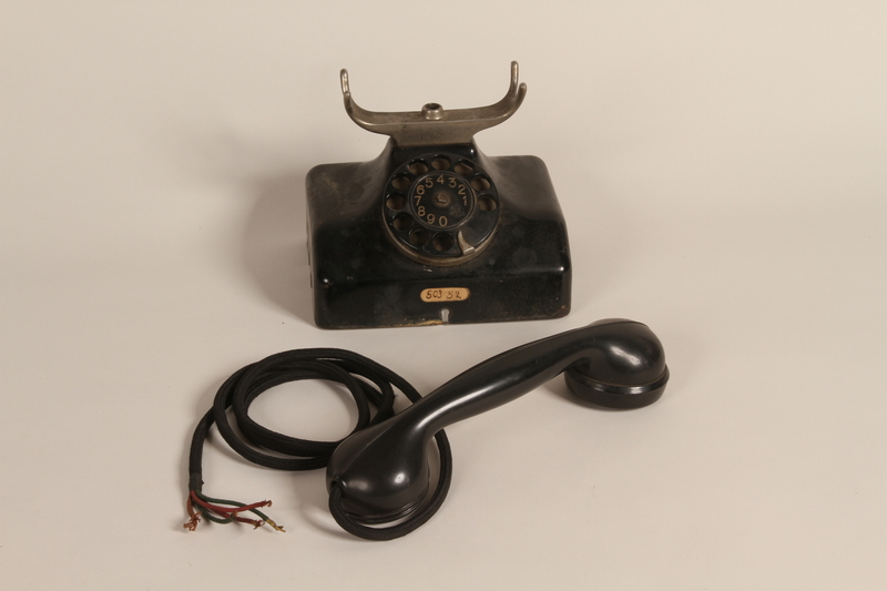 1990.85.1 a-b front Polish made telephone