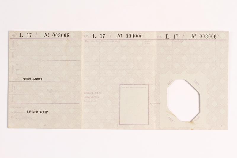 2010.441.48 back Identification card
