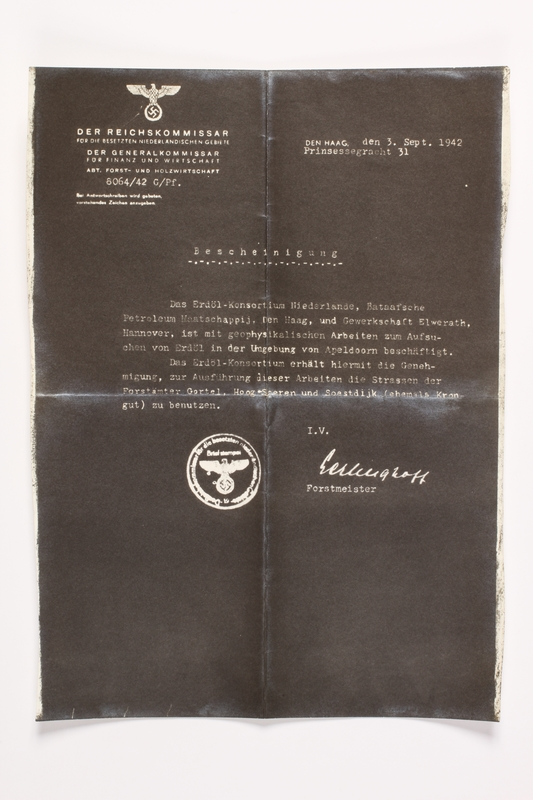 2010.441.93 front Copy of a document used by a Dutch resistance member to forge identity cards