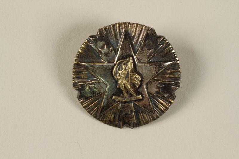 2011.108.10_a front Orden Zasluge Za Narod 2nd class awarded to a Macedonian Jewish partisan woman