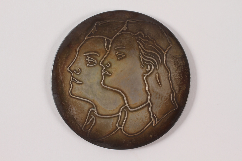 2011.108.15 a front Medallion and box awarded to a Macedonian Jewish partisan woman