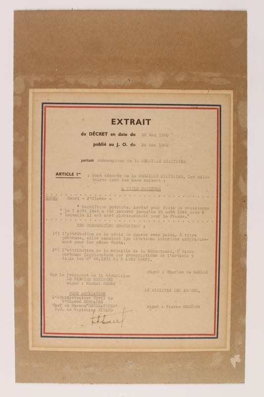 2011.160.1 front Certificate for the French Resistance and Cross of War medals awarded to a German Jewish resistance fighter