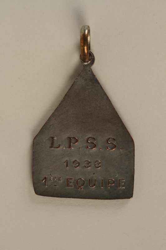 2005.602.5.3 back Deaf-mute sports team medal awarded to a German Jewish athlete