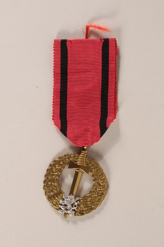 2007.228.2_a front Pametni Medaile Ceskoslovenska Armada V Zahranici (Czechoslovak Army Abroad) awarded to a Czech Jewish soldier