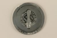 2002.327.4_a back Medal  Click to enlarge