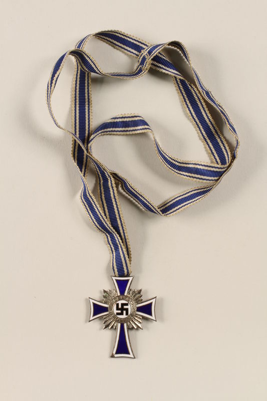 2002.327.6 front Cross of Honor of the German Mother medal, 2nd Class Order, Silver Cross