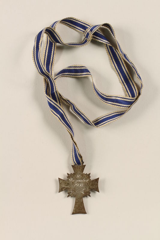2002.327.6 back Cross of Honor of the German Mother medal, 2nd Class Order, Silver Cross