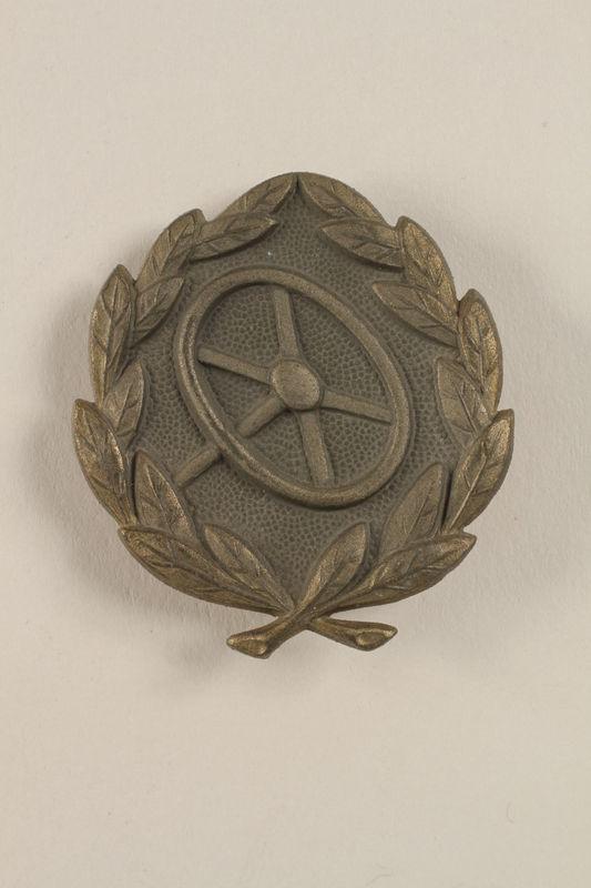 2002.327.10 front Pin