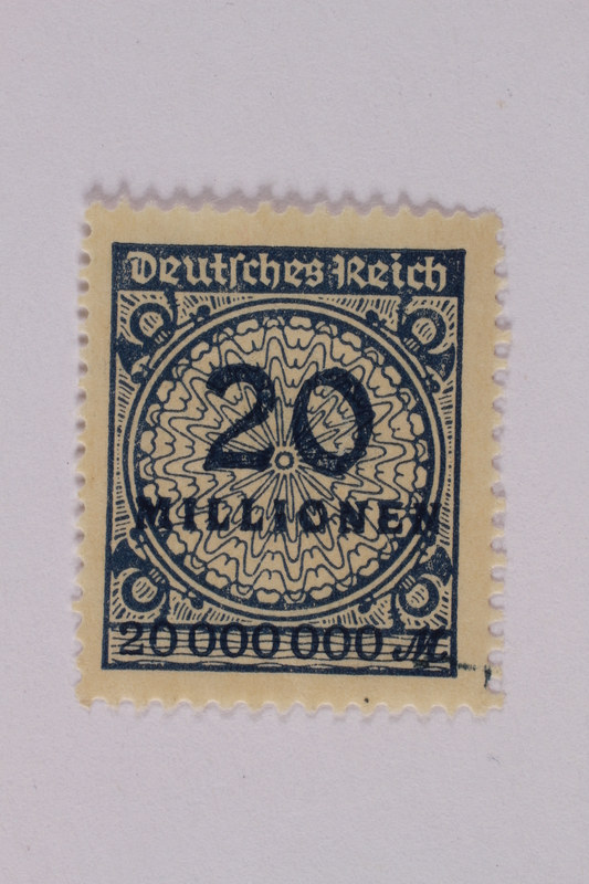 2000.305.39 front Postage stamp