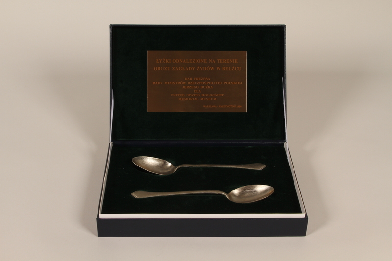 1998.48.1-.3 front Presentation box for spoons recovered at Belzec killing center