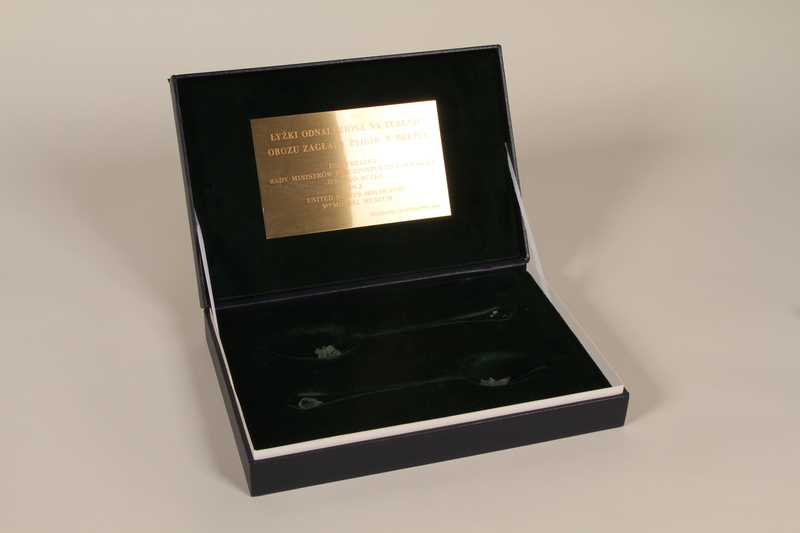 1998.48.3 open Presentation box for spoons recovered at Belzec killing center